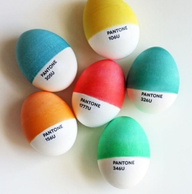 Pantone Paint Chip Eggs | via http://howaboutorange.blogspot.com/2012/04/diy-pantone-easter-eggs.html