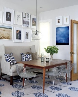 via   http://www.styleathome.com/homes/small-spaces/small-space-interior-narrow-row-house/a/29403/7