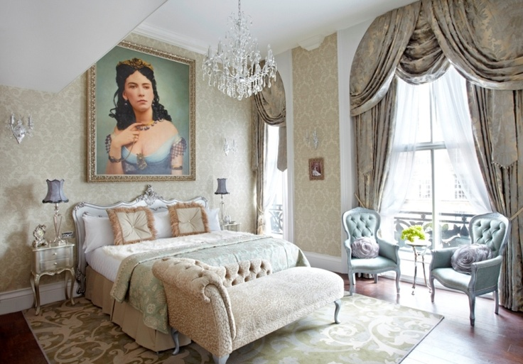Dcor Diva The Secret To A Decadent Boudoir Bedroom