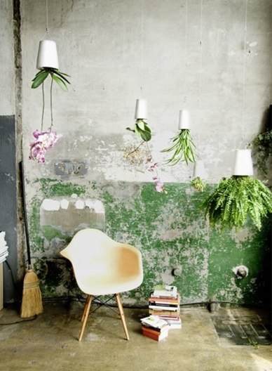 These chic Sky Planters from New Zealand company, Boskke, have won multiple awards! | http://www.boskke.com/products/skyplanter/gallery/