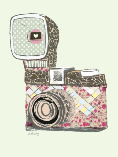 I just love the multitude of textures on this vintage camera illustration.