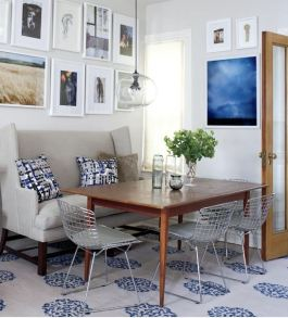 A settee-type banquette seat | via http://www.styleathome.com/homes/small-spaces/small-space-interior-narrow-row-house/a/29403/7