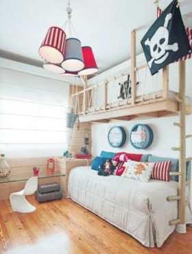 An AWESOME pirate room - need I say more! | via http://pinterest.com/pin/140526450845186190/
