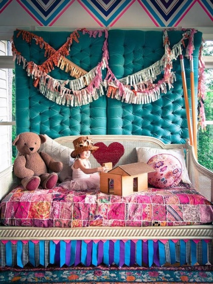 A girl's room with a touch of colourful gipsy and luxury | via http://www.handmadecharlotte.com/decorating-duct-tape/