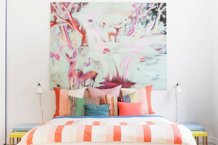 Love the child-like feel of this coral and aqua coloured Scandinavian bedroom | via http://www.idesignarch.com/exquisite-scandinavian-apartment-interiors/