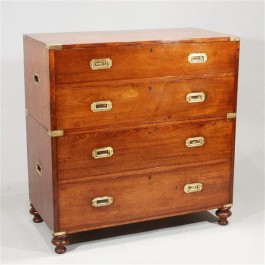 Antique Military Chest of Drawers (c. 1840 England) | via http://www.onlinegalleries.com/art-and-antiques/detail/mid-19th-century-antique-military-chest-of-drawers/91378