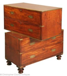 The chest splits in two for easy transport | via http://www.campaignfurniture.com/archivesdetailspage.asp?stockNo=8057&imgNo=2&archive=1