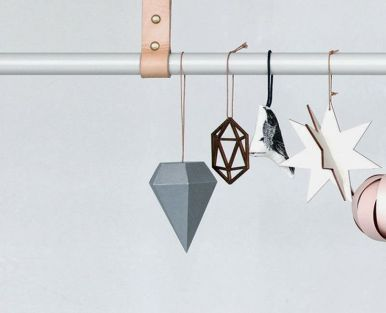 Ferm Living has a beautiful collection of contemporary christmas ornaments with that signature Scandi twist! | via http://www.fermliving.com/webshop/shop/x-mas-collection/paper-diamond-grey-set-of-3.aspx