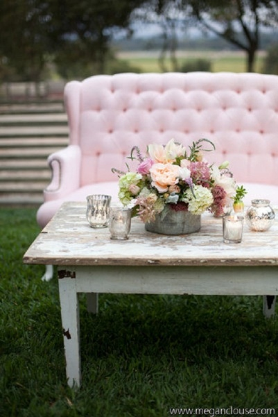 Pretty in Pink for your rustic, romantic outdoor living. This really takes my mind on a fantasy trip | via http://amandaocreative.com/portfolio/jalaina-mark