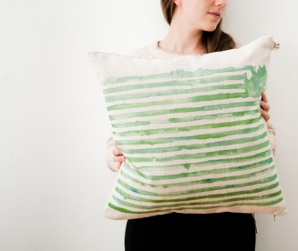 I absolutely adore watercolours, so this gorgeous green striped watercolour cushion by Touchee Feelee is right up my street! | via https://hellopretty.co.za/touchee-feelee/turquoise-striped-cushion-cover