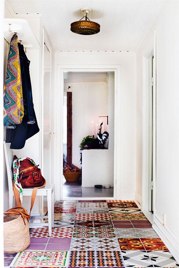 Image via: http://www.husohem.se/Hem/Villa/Bohemiskt-inrett-med-liten-budget/#