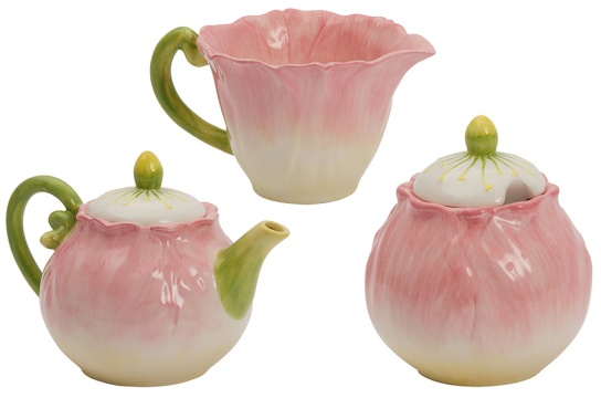 Ooh, I've always loved the Lily Pond tea set. The soft and whimsical floral-shaped set is perfect for that outdoor tea party and truly the epitome of Spring. The set items - the Teapot (R99.99), Milk Jug (R39.99) and Sugar Pot (R39.99) - are sold separately. You can get these at Mr. Price Home. | via http://www.mrphome.com/en_za/jump/HOMEWARE/LILY-POND-TEA-POT/productDetail/2_5104015696/cat860009/general