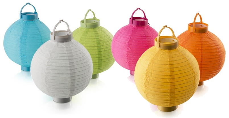 With the warmer weather and beautiful blooms popping up all over the place, Spring is meant to be celebrated outside. You can add a bit of colour and drama to an outdoor dinner party with these multi-coloured LED battery operated paper lanterns from Woolworths - R130.00 for a set of 3. | via http://www.woolworths.co.za/store/fragments/product-details/product-details-index.jsp?productId=502598780
