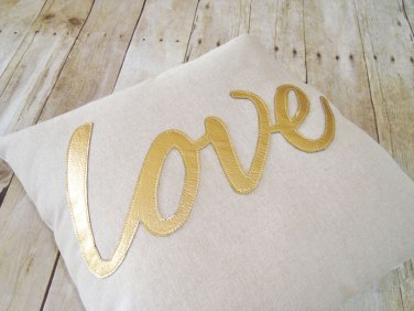 https://www.etsy.com/listing/207163433/love-pillow-gold-pillow-metallic-pillow?ref=sr_gallery_37&ga_search_query=gold+pillow%5C&ga_search_type=all&ga_view_type=gallery