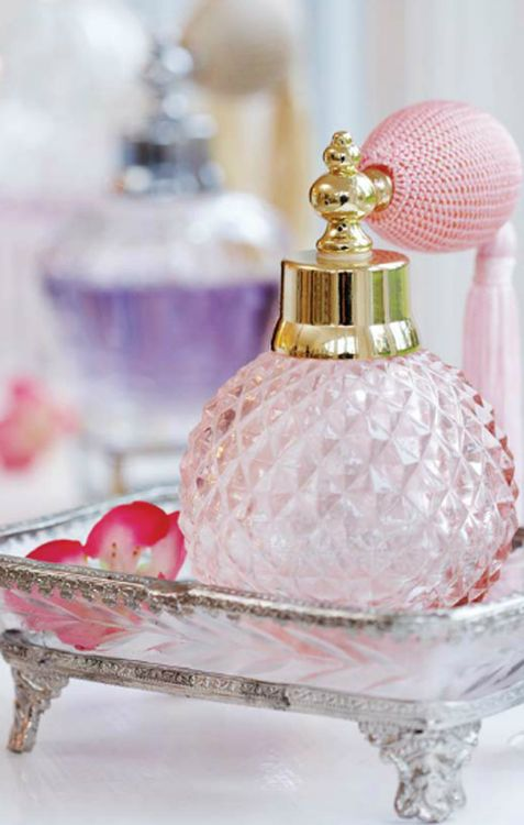 Beautiful Vintage Perfume Bottles