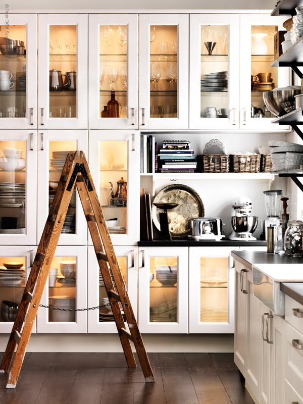 glass display cabinets in the kitchen the design tabloid. Black Bedroom Furniture Sets. Home Design Ideas