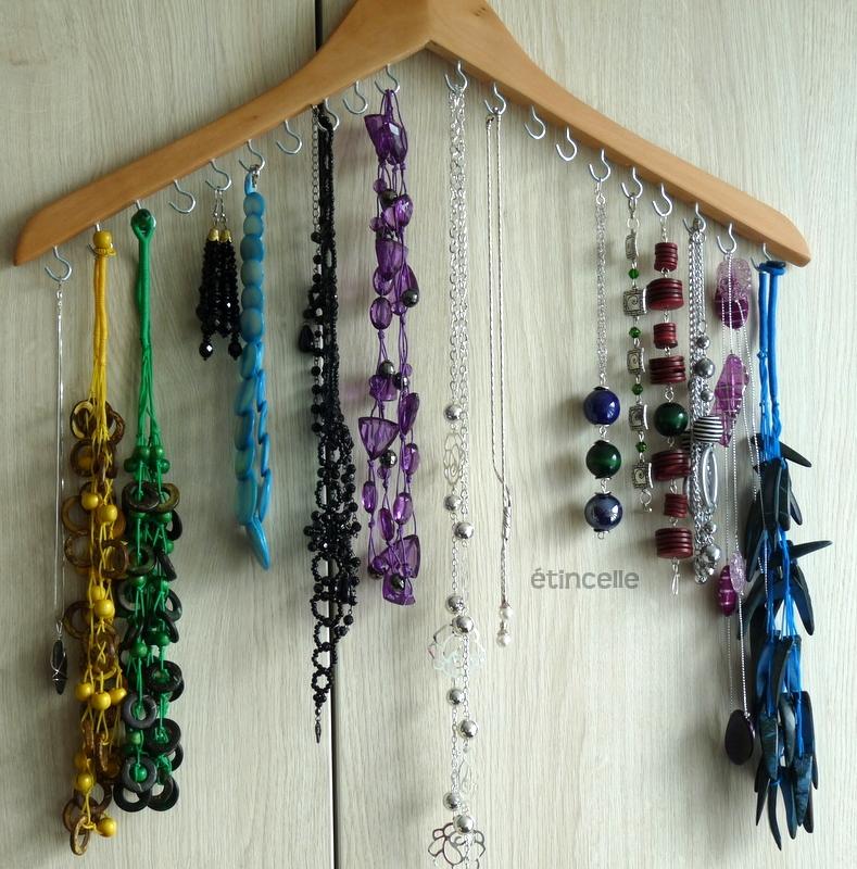 Quick Tip 43 Coat Hanger Jewellery Organizer The Design Tabloid