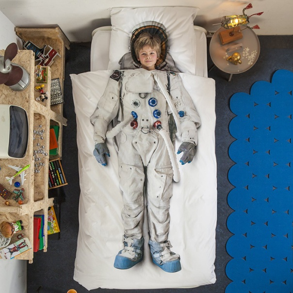 Astronaut Bedding by Snurk
