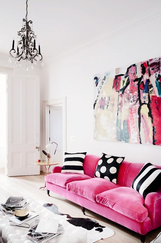 Interior Designer Harriet Anstruther Made Sure To Add Some Punch To Her  Bright 1840u0027s London Town House With This Bold Pink Velvet Sofa.