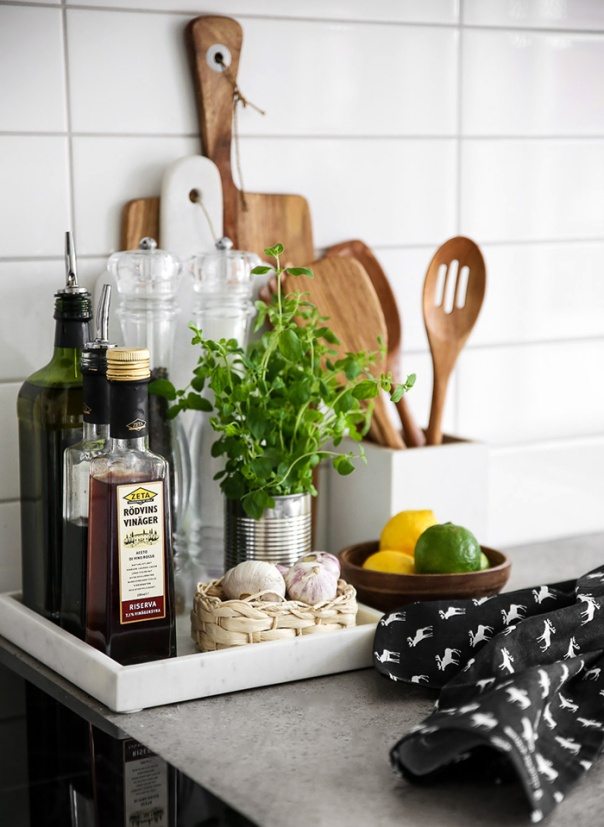 10 Hacks to Organise Your Kitchen: Kitchen Tray Vignette