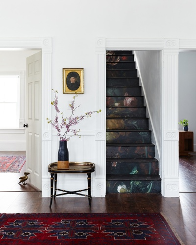 10 Wonderful Wallpapered Staircases